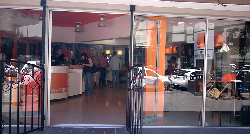 Orange opens its first South African retail store in Cape Town : a logical step for us